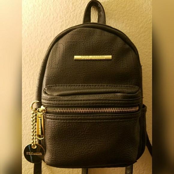 385bee4fe0f4 NWT Steve Madden Black and Gold Mini Backpack